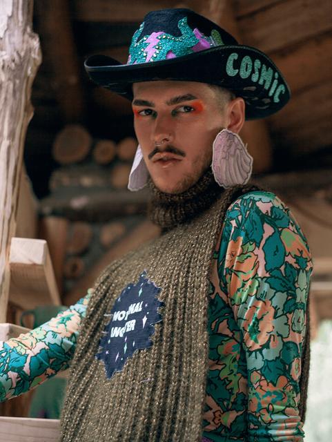 Flesh-cowboyhat-knitwear-handmade-norway