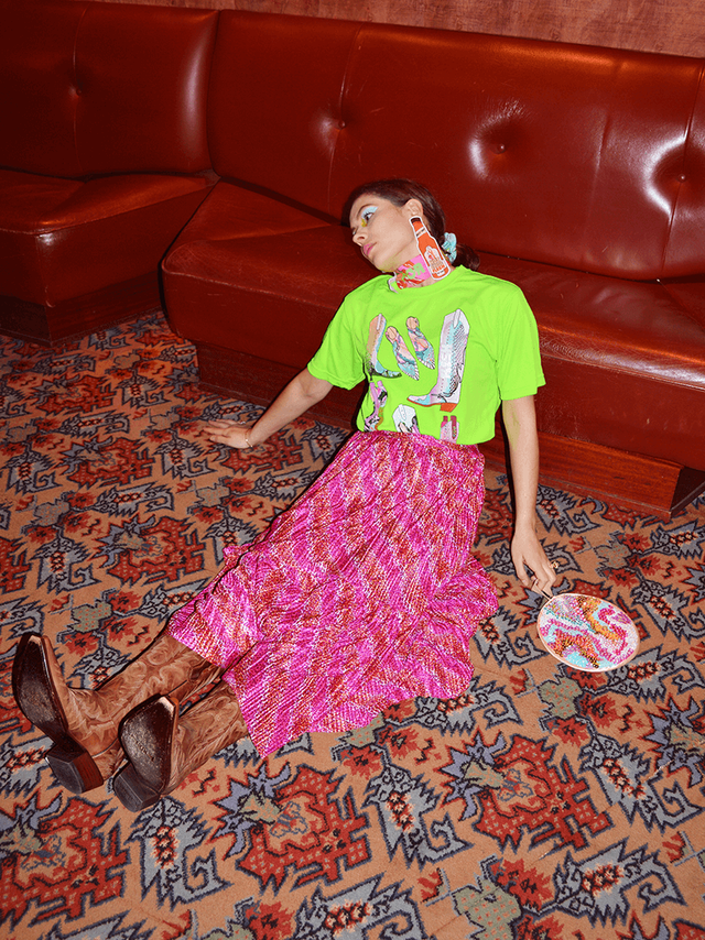 Flesh-official-aw20-neon-tshirt.png