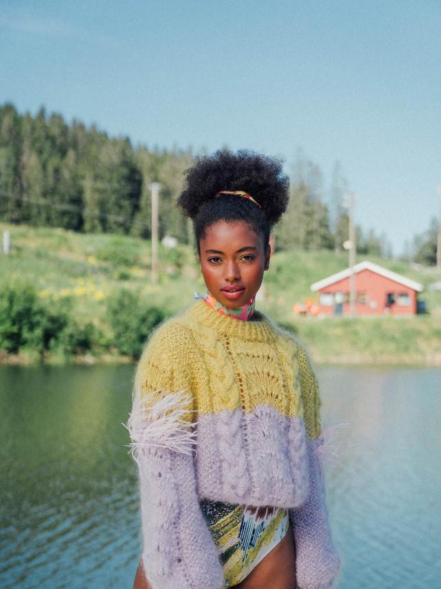Flesh-official-woolit-knitwear-bathingsu