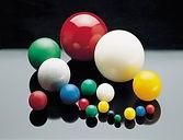 kunststoffkugeln-300x230.jpg