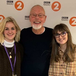 Bob Harris plays the WORLD PREMIER of Joe & Gin on his Country Show on BBC Radio 2