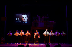 44_PLAYS_FOR_44_PRESIDENTS_0998PC