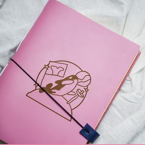 Notebook Orca : Pink Luar Angkasa - Ukuran Kertas A5