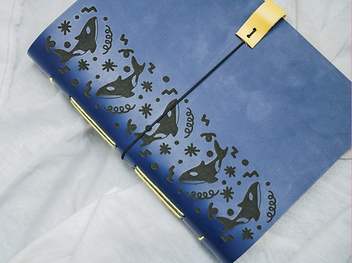 Notebook Orca : Navy Pattern - Ukuran Kertas A5