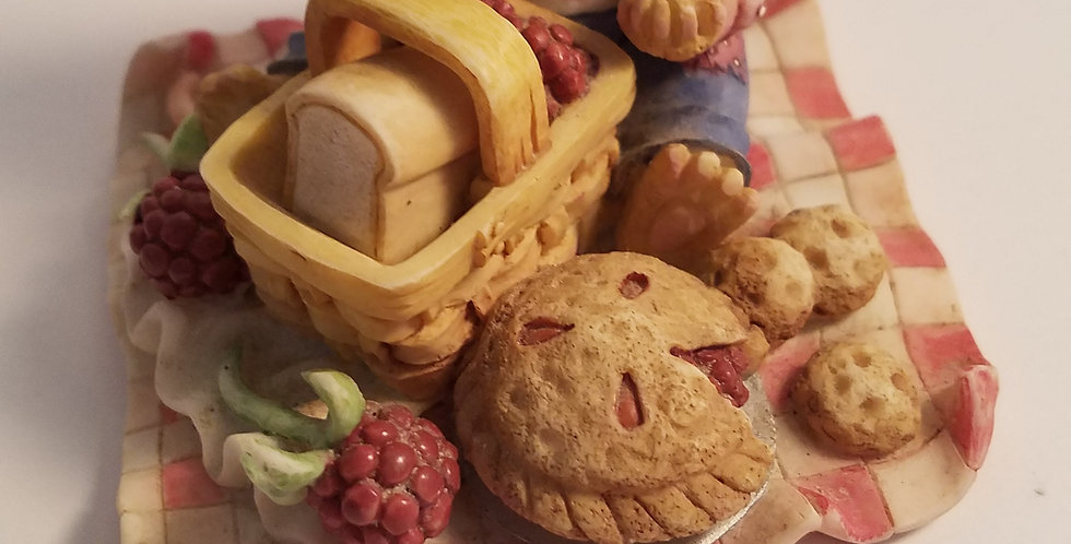 Priscilla Mouse Tales- Rasberry Tarts
