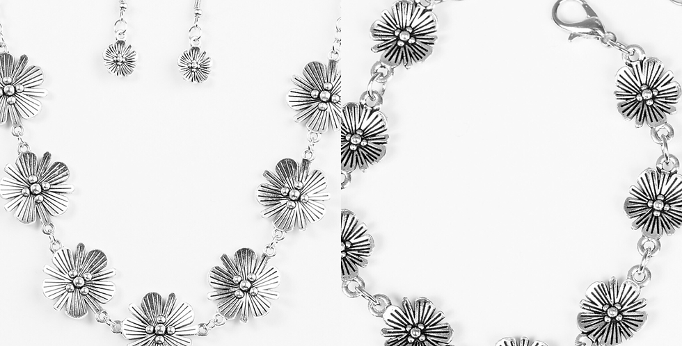 Poppin Poppies Silver Set- I am not a consultant