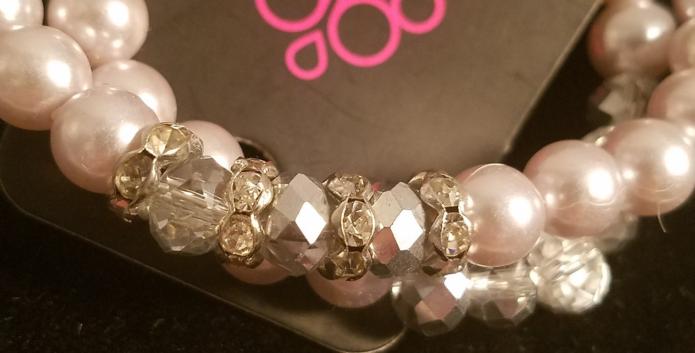 Clouds of Pearl-Paparazzi Accessories-I am NOT a consultant