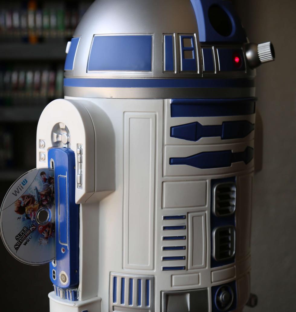 Wii-U-R2-D2-Star-Wars-7.JPG