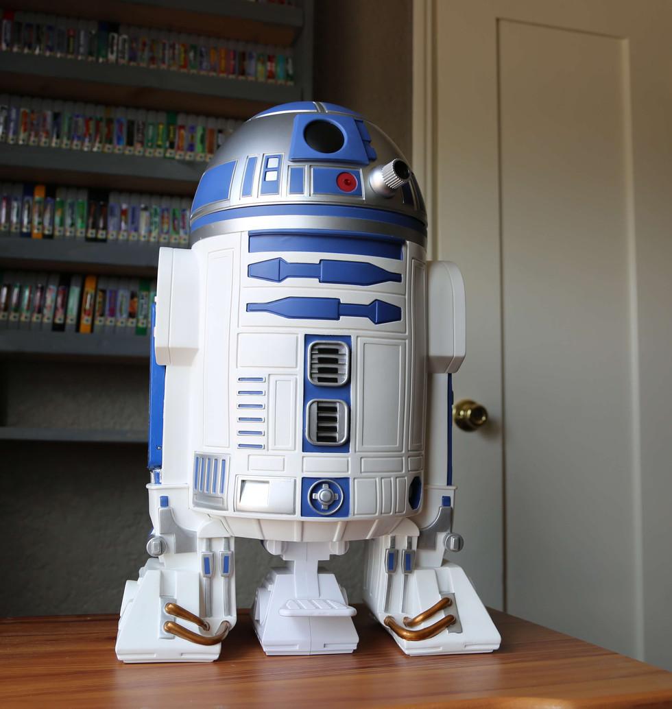 Wii-U-R2-D2-Star-Wars-1.JPG