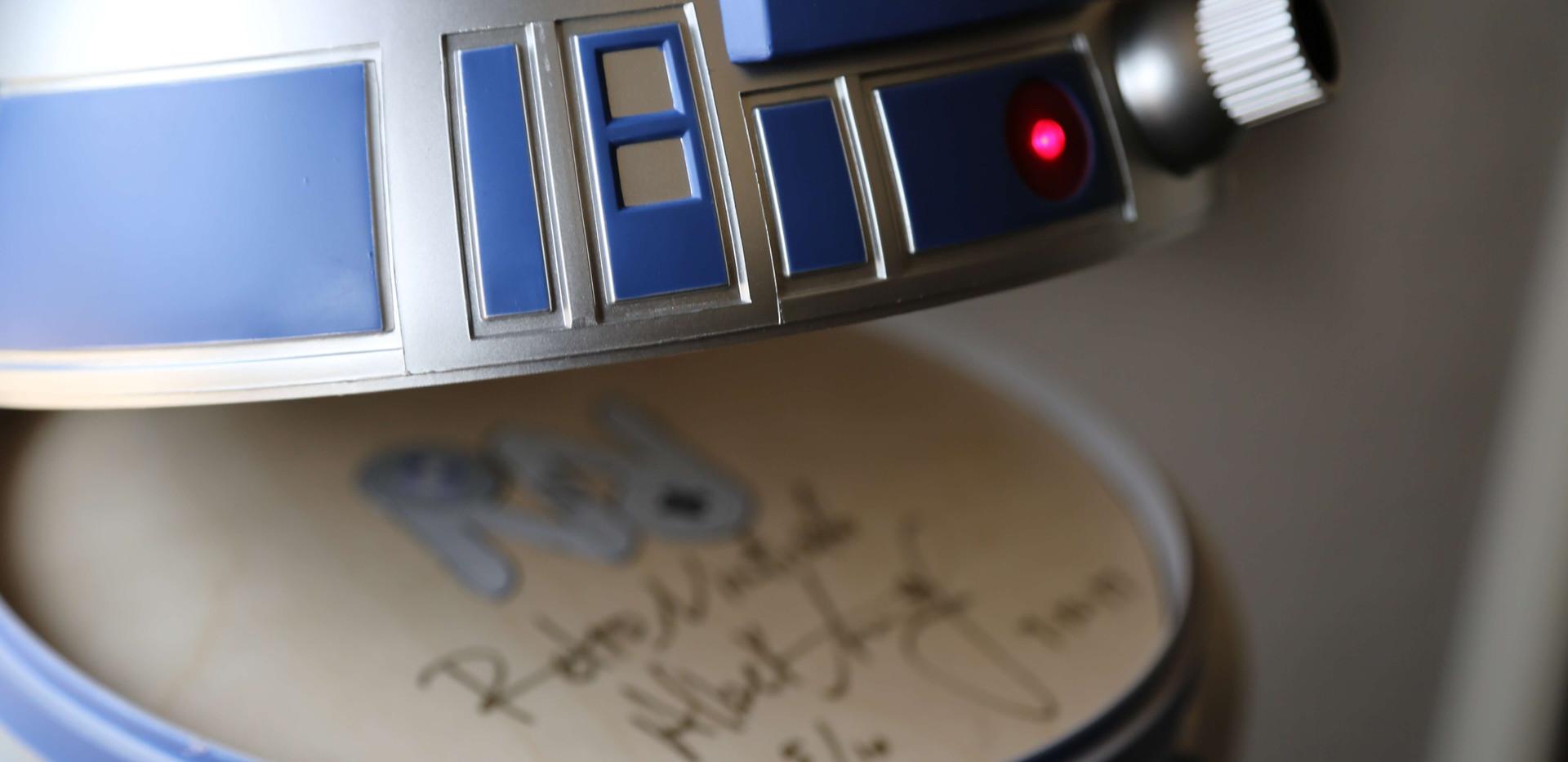 Wii-U-R2-D2-Star-Wars-9.JPG