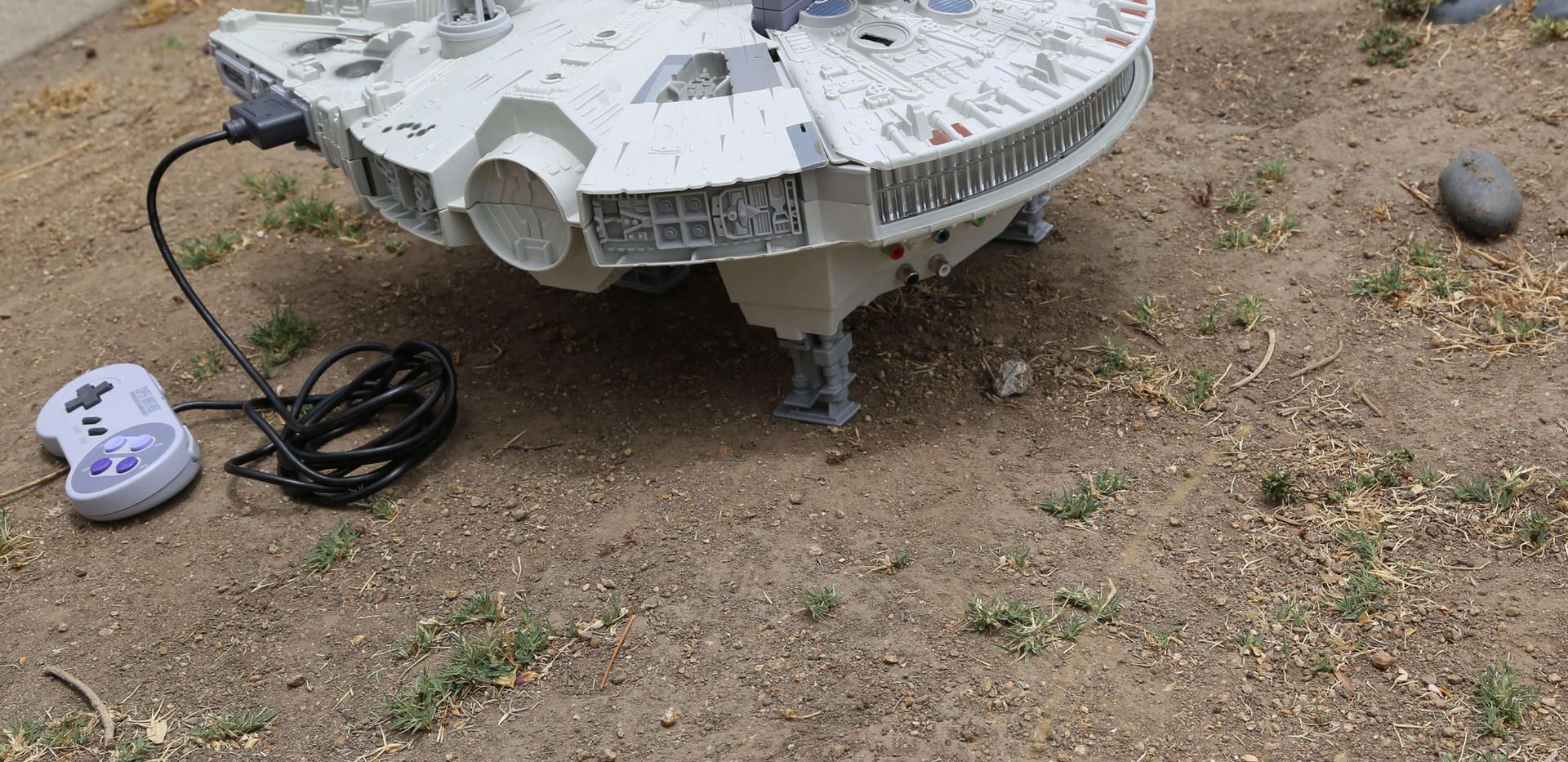 Millenium Falcon SNES - 2.JPG
