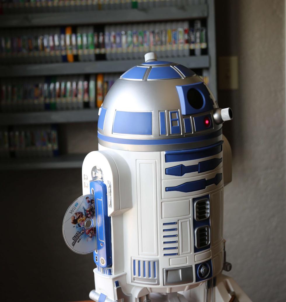 Wii-U-R2-D2-Star-Wars-5.JPG
