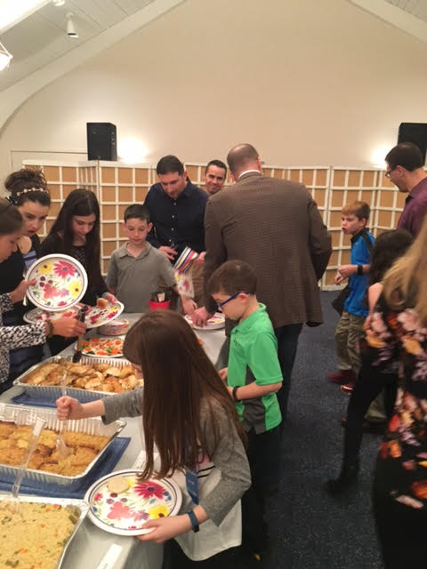 6th Gr Dinner & Siddur Svc