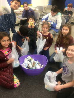 4th Grade making bags to donate