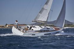 440 sailing side