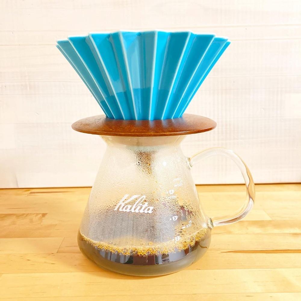 ハンドドリップでコーヒーをいれる