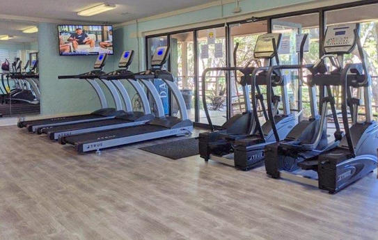 fitness center at hilton head beach and tennis resort