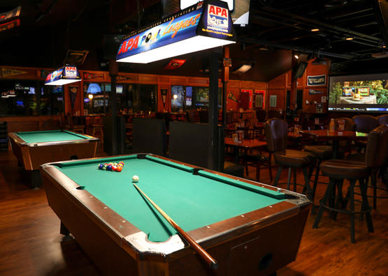 Play Pool at Coconutz