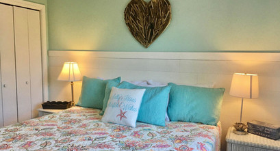 King Bed in Vacation Rental