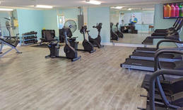 fitness center for guests at hilton head beach and tennis resort