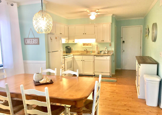 Kitchen Dining Area in Vacation Rental