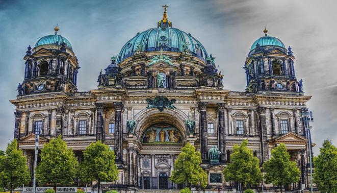 ancient-architecture-berlin-532580.jpg