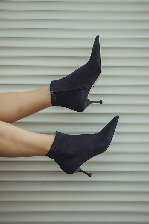 Prada kitten heels suede blue