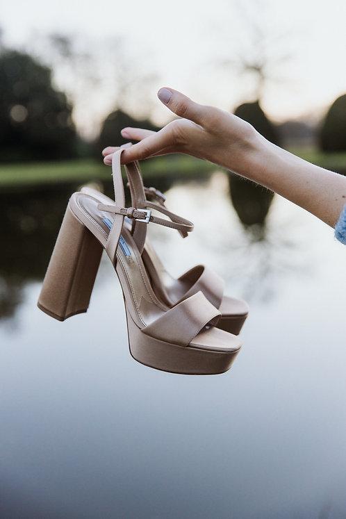 Prada sandalen plateau goud