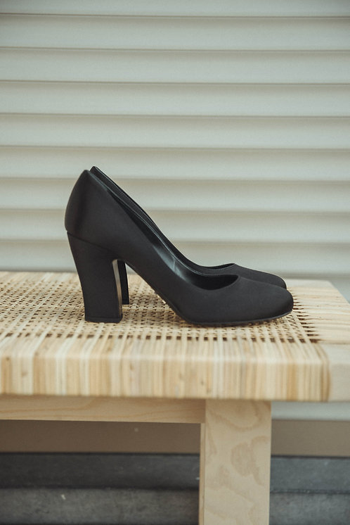 Prada heels satin black
