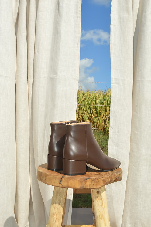 Sergio Rossi leather brown booties