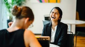 Ao procurar um emprego, prepare-se bem para as entrevistas.