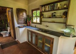 Kitchenette with mini bar
