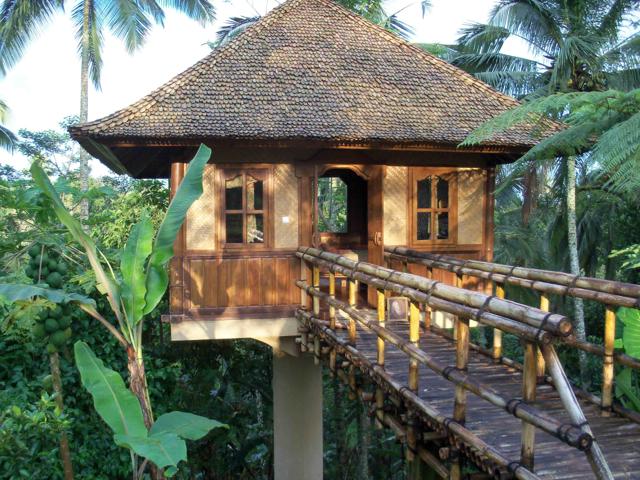 Sarinbuana Eco Lodeg pole house