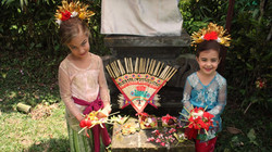 Balinese Dress Up! (we love kids)