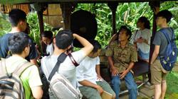 Ketut discussing Balinese carving