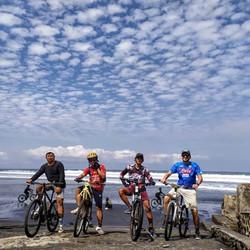Mountain bike to the beach