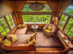 Tree House Private lounge