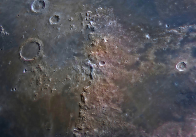 Montes Apenninus close up image