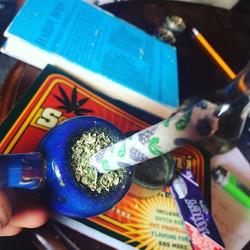 #timebomb #cannabiscommunity