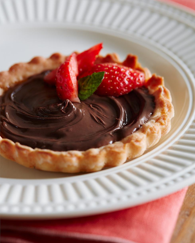 Nutella and strawberries tart