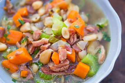 Slow-Cooker-Ham-and-White-Bean-Soup-6.jp
