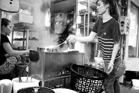 Hanoi_Streetfood.jpg