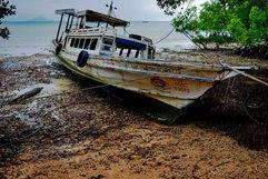 Thailand_Beach_Boat_3.jpg