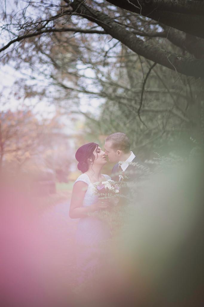 Tasha & Christopher's Cardiff City Hall wedding photo