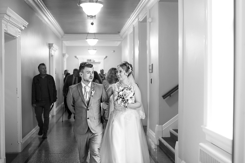 Rhi and Andrew's Cardiff City Hall wedding photos
