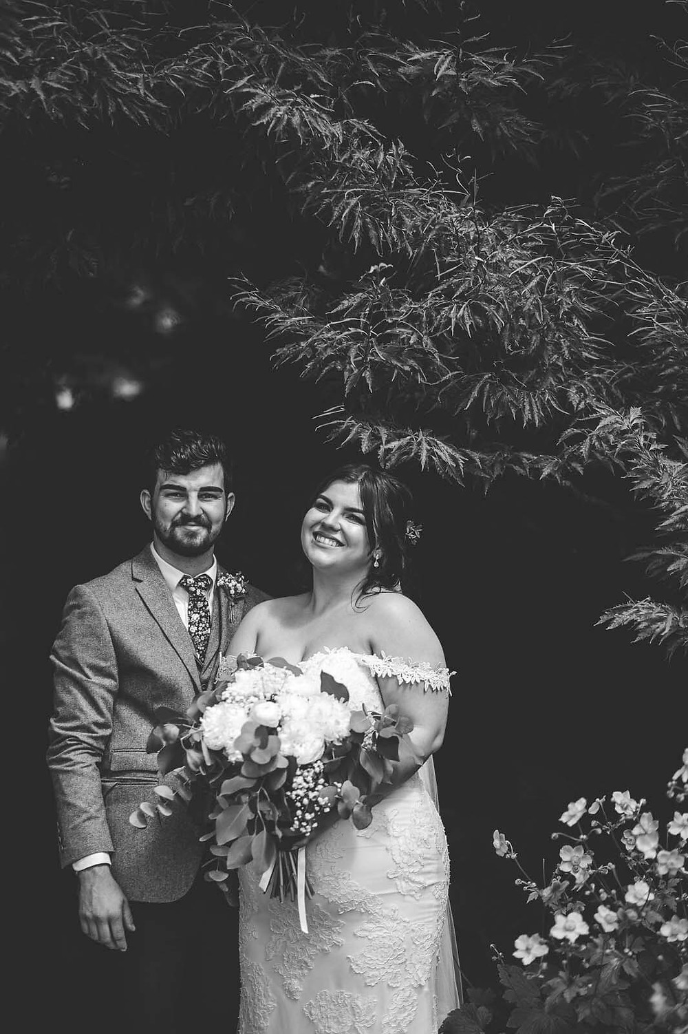 Bronte & Sam St Fagans Castle Wedding Photos | Cardiff Wedding Photography