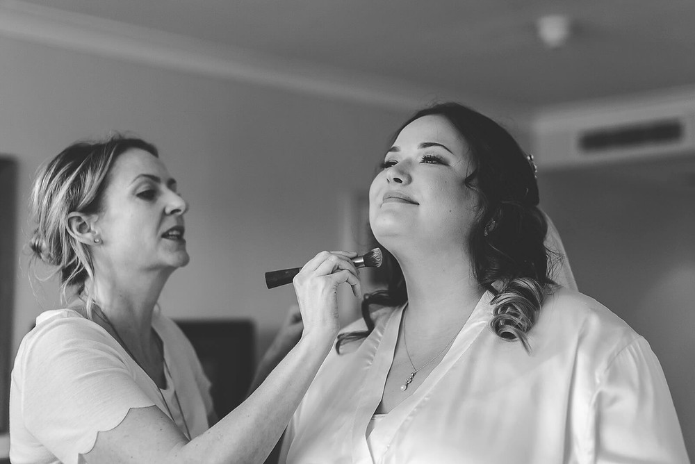 Abi & Mathew's wedding photo, South Wales | Wedding Photography at Cardiff City Hall and Holiday Inn Cardiff