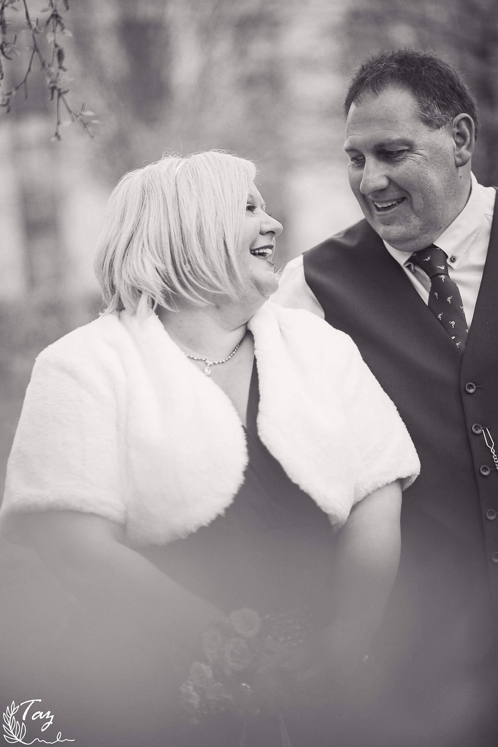Kelly & Ian bride & groom photo at Cardiff City Hall, 2021 wedding photography by 'Weddings by Taz', South Wales