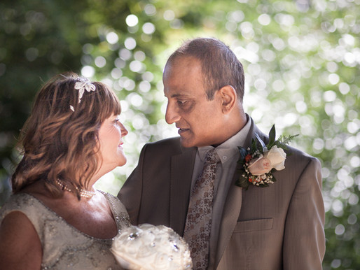 Helen and Naresh's wedding - Southchurch Hall, Southend wedding photography