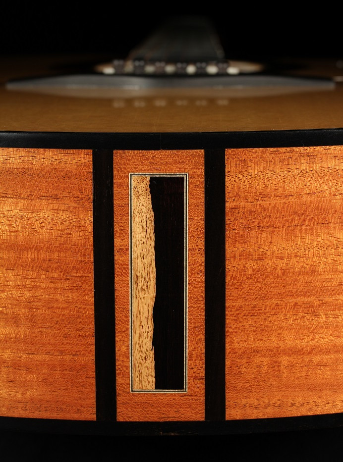 Dreadnought modified (cutaway) #4 - south-american mahogany & sitka spruce